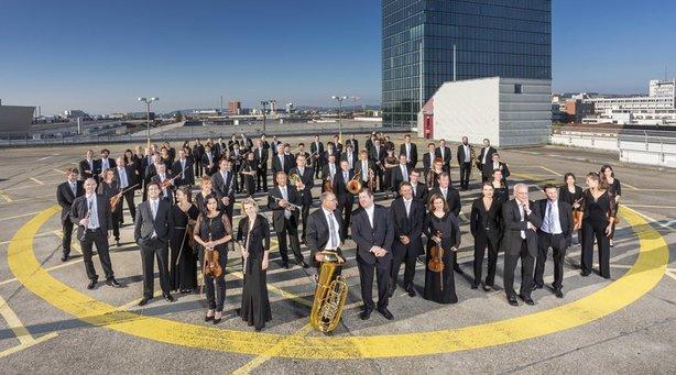 Sinfonieorchester Basel - Ivor Bolton (Dirigent) / Kian Soltani (Violoncello)