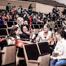 Bild: Junge Deutsche Philharmonie - Jukka-Pekka Saraste (Dirigent) / Tzimon Barto (Klavier)