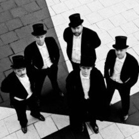 Image: The Hives