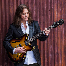 Image Event: Robben Ford