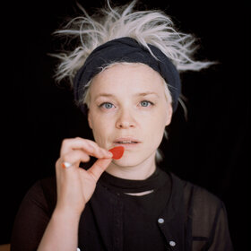 Image Event: Wallis Bird