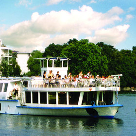 Image: Oktoberfestbier Party auf der Spree
