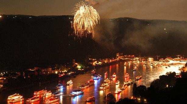 Bild: Rhein in Flammen - Das Original