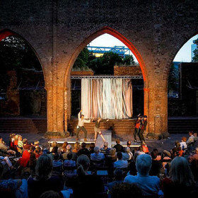 Image: Sommertheater am Alex