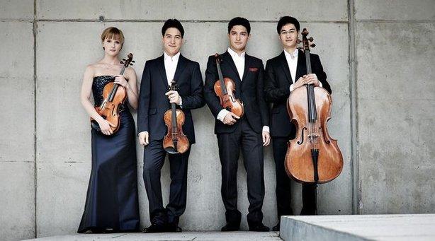 Bild: Saitenspiel: Schumann Quartett - Pablo Barragán - Mozart & Ullmann