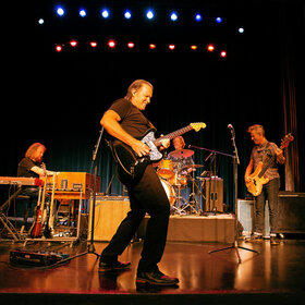 Image: Tommy Castro & The Painkillers