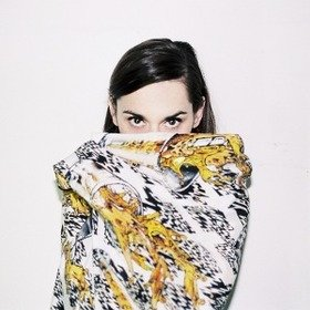Image Event: Yelle