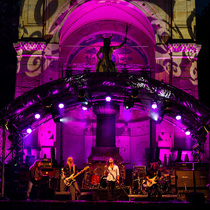 """Bild: Open Air - Top Act Iron Maidnem """"a Tribiute of Iron Maiden""""  Special Guests Whiteshake  """"a Tribiute of Withesnake"""""""
