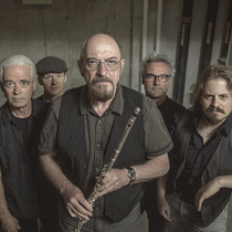 Bild: The best of JETHRO TULL - 50th Anniversary by IAN ANDERSON