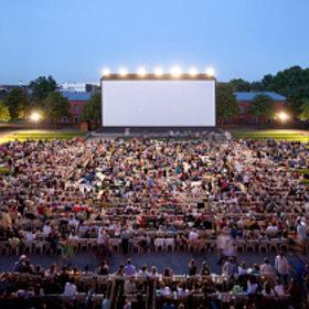 Image: Open Air Kino Nächte - Schloss Gottesaue