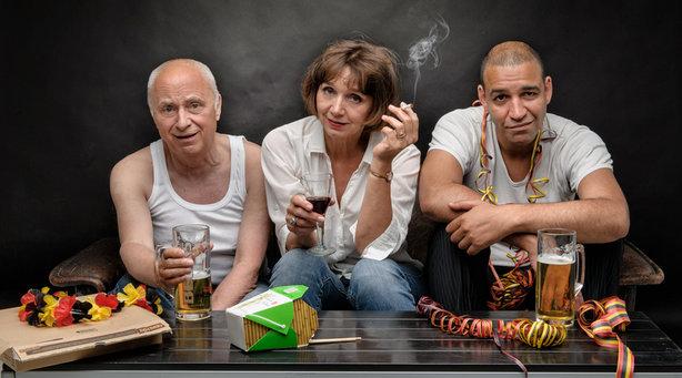 """Bild: Kabarett-Theater DISTEL - """"Weltretten für Anfänger – einmal Zukunft und zurück!"""""""