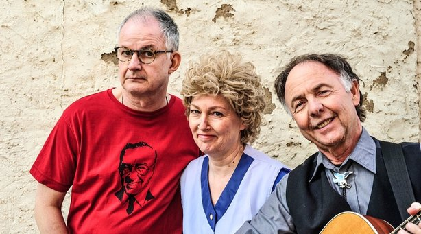 Bild: Hessisch Dreidabbischkeit - mit Stefani Kunkel, Clajo Herrmann und Rainer Weisbecker