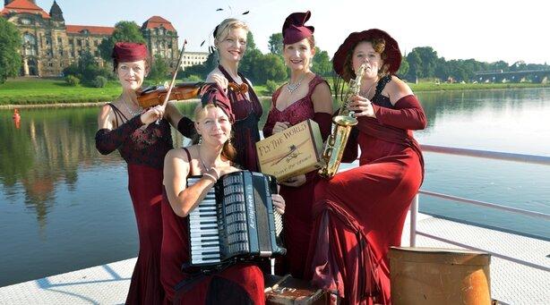 Dresdner Salondamen - Ich tanze mit dir in den Himmel hinein