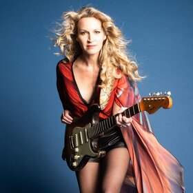 Image: Ana Popovic & Band