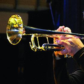 Image: Trompeten Giganten