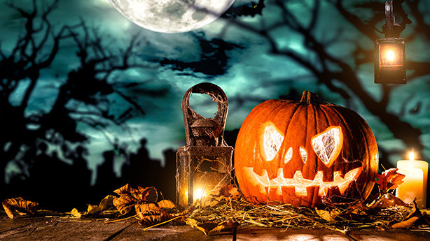 Bild: Jugendliche Spielen für Jugendliche: Ein Halloween-Theatererlebnis - Halloween-Special