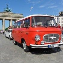 """Bild Veranstaltung Nostalgische Touren durch Berlin im DDR Oldtimer """"BARKAS"""""""