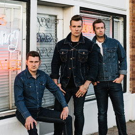 Image: The Baseballs