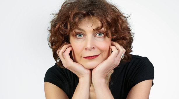 Bild: Madeleine Sauveur - Lassen Sie mich durch! Ich bin Oma