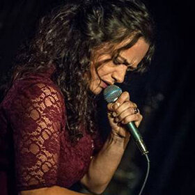 Image: Meena Cryle & The Chris Fillmore Band