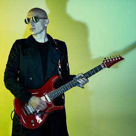 Image Event: Joe Satriani