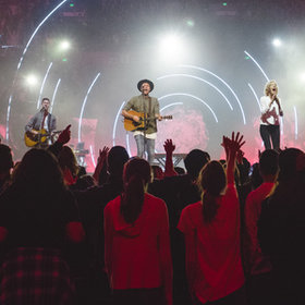 Bild: Hillsong Worship - Open Heaven