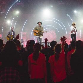 Bild: Hillsong Worship - Open Heaven